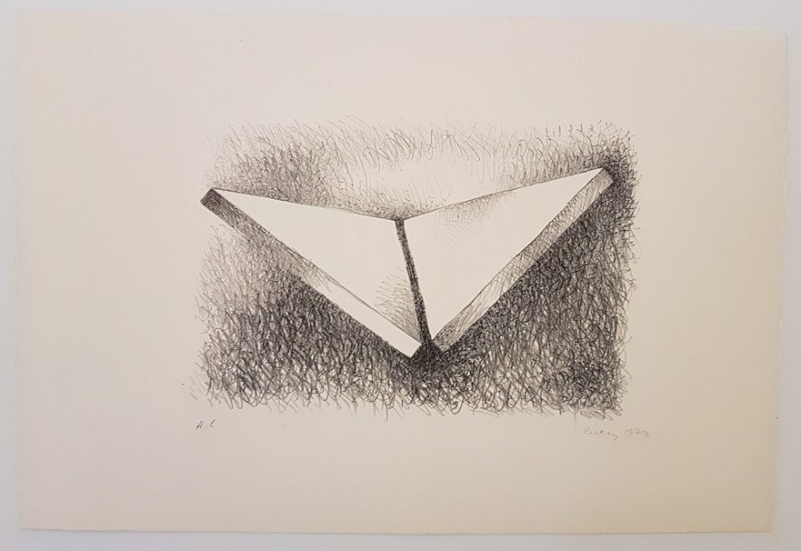 Two triangles dithedral - George Warren Rickey