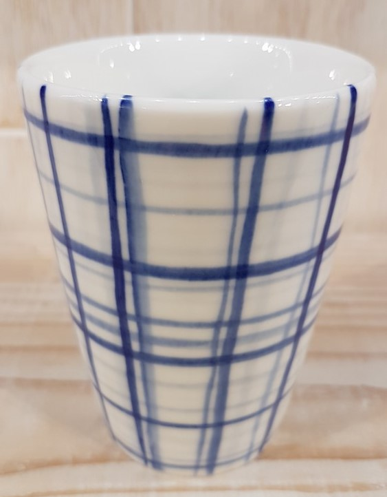 Blue Plaid Cup - Title : Blue Plaid Cup